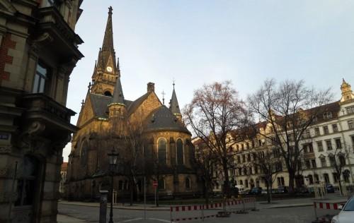 Beindruckendes Bauwerk: die Kirche auf dem Martin-Luther-Platz