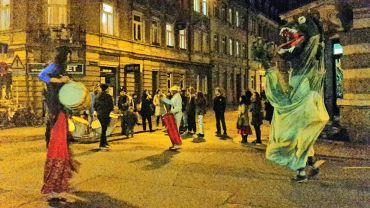 Drachen auf der Louisenstraße - Foto: D. Brüggemann