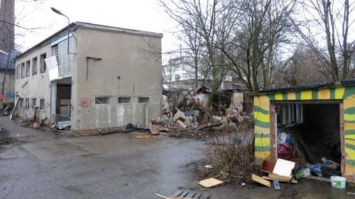 Fast alle Nebengebäude wurden zerstört oder unzugänglich gemacht.