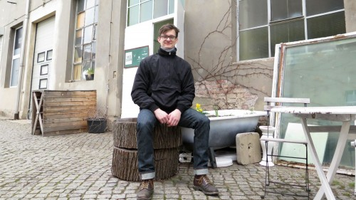 Marco Wildner vor dem Haus Sieben.