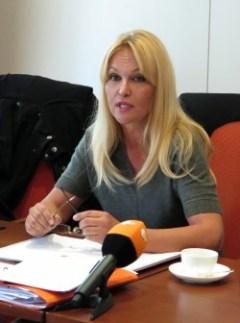 Investorin Regine Töberich bei der Pressekonferenz.