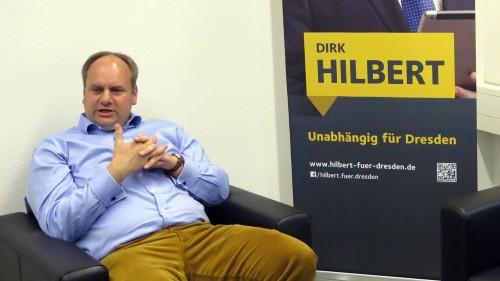 Nach 14 Jahren Amtserfahrung strahlt Hilbert große Gelassenheit aus.