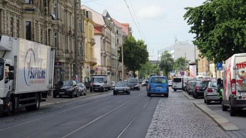 Königsbrücker Straße am Vormittag.