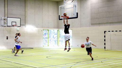Basketball-Show-Einlage - Foto: Youssef Safwan