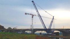 Behlfsbrücken-Demontage an der Albertbrücke