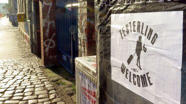 Nach Bekanntwerden der Pegida-Demo-Wünsche tauchten in der Neustadt mehrere Plakate dieser Art auf.