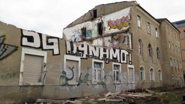 Das Haus mit dem markanten Dynamo-Schriftzug wird abgerissen.