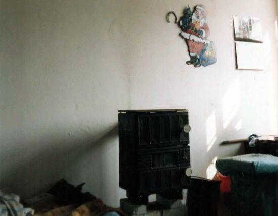 Hausbesetzer-Zimmerchen mit Weihnachtsdeko