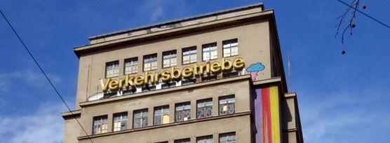 Hochhaus im April 2013