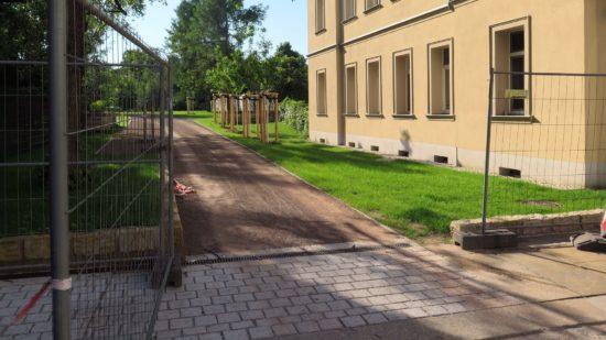 Die Gitter an der Paulstraße standen heute am Morgen plötzlich offen.