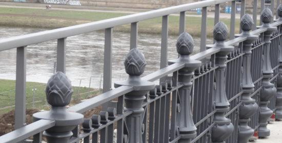Albertbrücke Geländer