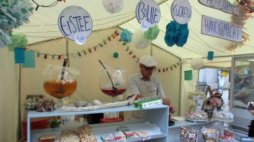 """Auf der Rudolf-Leonhard entzückte der Laden """"Handmade"""" mit (natürlich) selbstgemachten Köstlichkeiten."""