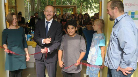 Bürgermeister Peter Lahmes bei der Eröffnung