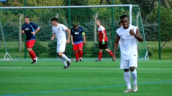 FC Dresden beim Sieg gegen die zweite Mannschaft des Radeberger SV. Foto: FC Dresden