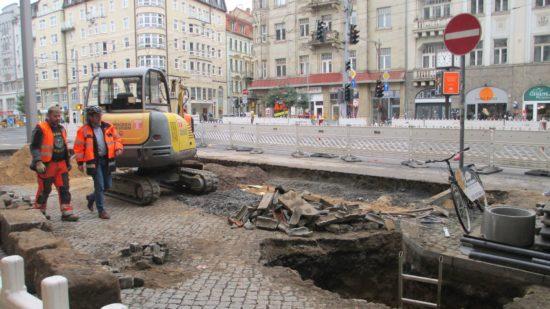 In sieben Tagen sollen die Bauarbeiten für den neuen Radweg beendet sein