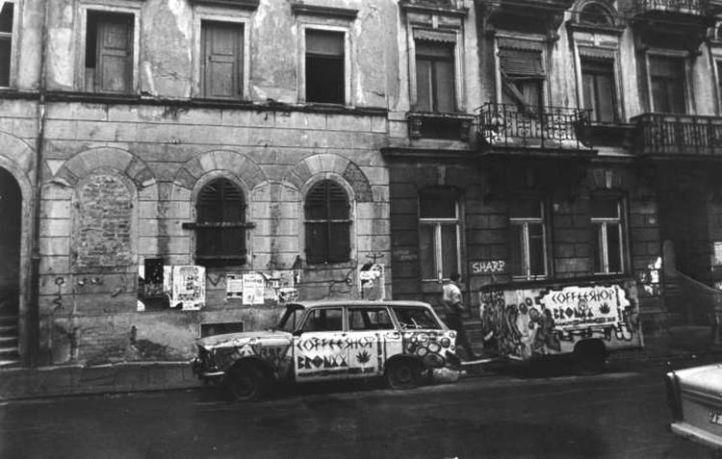 Bronxx-Mobil auf der Alaunstraße