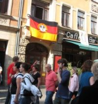 BRN-Flagge auf der Louisenstraße - Foto: Archiv 2008