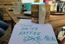 Der Kommerz macht auch nicht bei kaltem Kaffee halt.