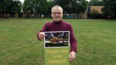 Günter Starke sammelt Unterschriften für das Pinguin-Café auf dem Alaunplatz