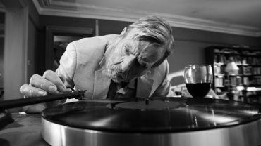 The Party by Sally Potter - Timothy Spall as Bill