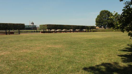 Noch mehr Platz für Besucher: Räder, Ständer und Bühne kommen dieses Jahr nicht auf die Rasenfläche.