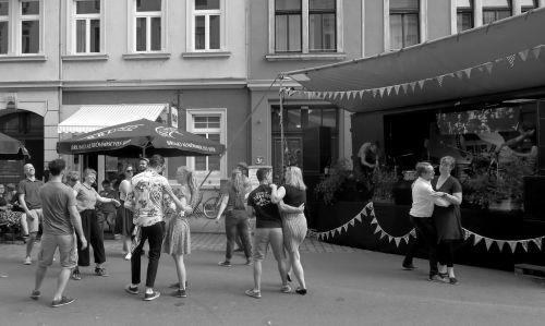 Tanz auf der Hechtstraße