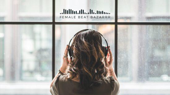 Female Beat Bazarrr in der Scheune