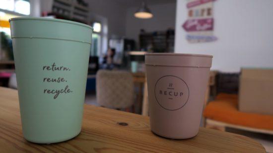 Recup gibt es in klein und groß: 0,3 Liter und 0,4 Liter.