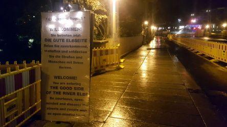 Checkpoint-Tafel auf der Augustusbrücke