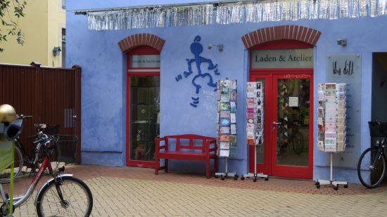 """Ausverkauf im """"blue child"""" in der Kunsthofpassage"""