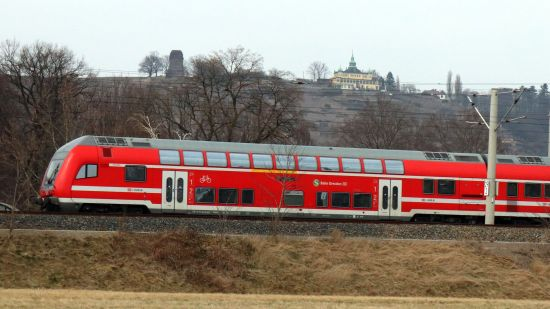Bis zu viermal pro Stunde pendelt die S-Bahn von Dresden nach Meißen - und genauso oft zurück.