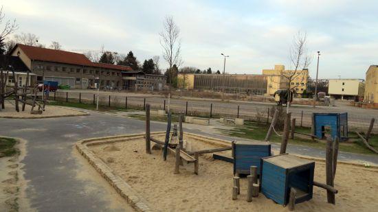 Der Spielplatz muss gesperrt werden.