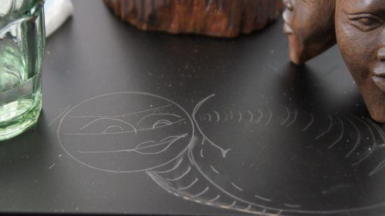 """""""Mein ganzes Leben ist Kunst. Wenn ich kein Papier habe, zeichne ich auf dem Tisch"""""""