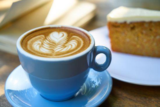 Kaffee macht müde Sachsen munter