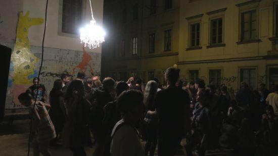 Tanzstunde auf der Sebnitzer Straße