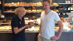Verkäuferin Romy Keßler, Bio-Brot und Bäcker Erik Spiegelhauer