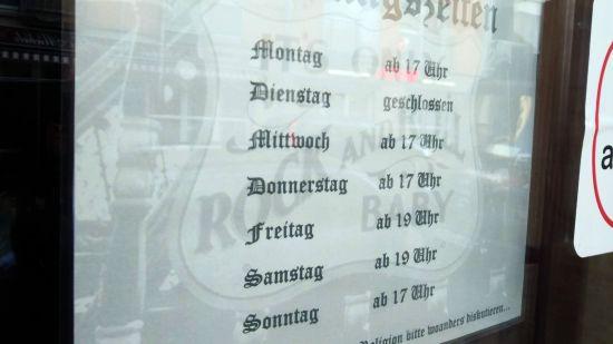 """Seit vergangenem Sonnabend geöffnet. Die """"HD Rock- & Metalbar""""."""