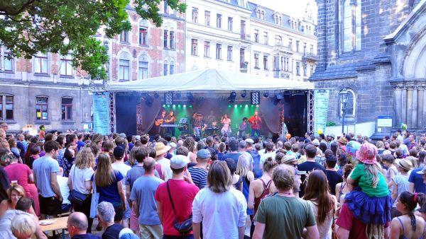 Ein Auftritt wie die Großen - gibt es in diesem Jahr für Kids am Martin-Luther-Platz