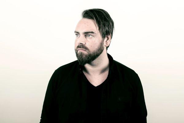 Marius Ziska singt auf Färöisch über die Melancholie. Foto: Høgni-Egholm-Magnussen