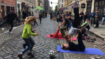 Spiel und Spaß auf der Louisenstraße. Foto: M. Kalinka