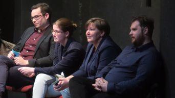 Christian Hille (Freie Bürger), Benita Horst (FDP) und Sabine Friedel und Vincent Drews (SPD).