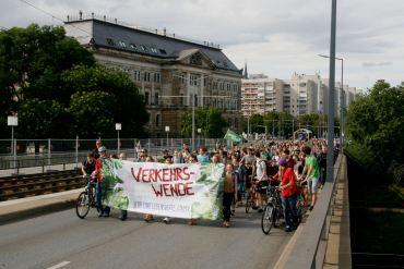 An die 400 Demonstrant*innen nahmen teil.