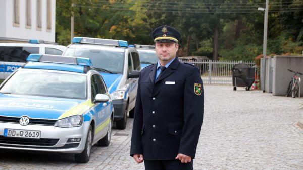 Polizeirat Sven Fischer im Revier an der Stauffenbergallee