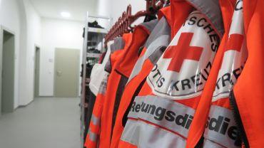 100 Mitarbeiterinnen und Mitarbeiter sind in der neuen Rettungswache tätig.