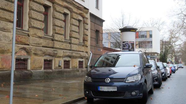 Neue Parkplätze am Carusufer