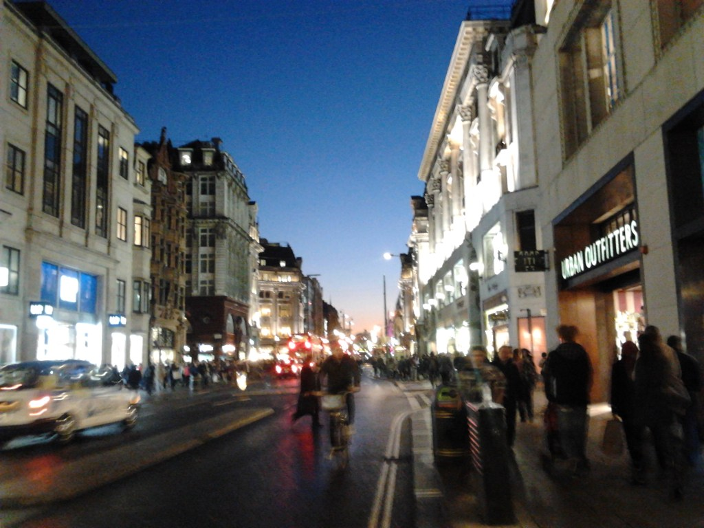 Never Ending Honeymoon | sunset at Oxford Street, London