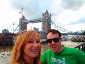 Never Ending Honeymoon | Jacqui and Daniel at the Tower Bridge, London