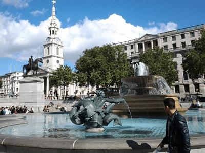 Never Ending Honeymoon | Trafalgar Square, London