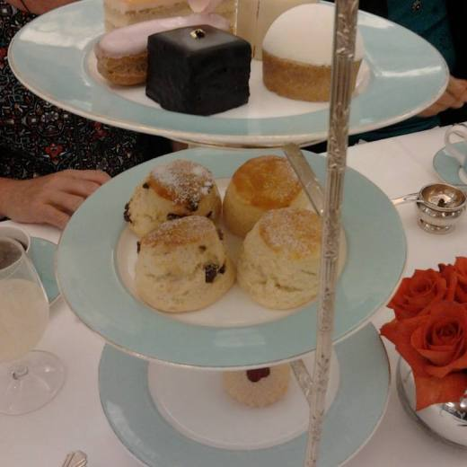 Never Ending Honeymoon | Afternoon tea at Fortnum and Mason, London