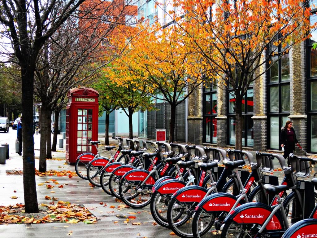 Never Ending Honeymoon enjoys London in autumn